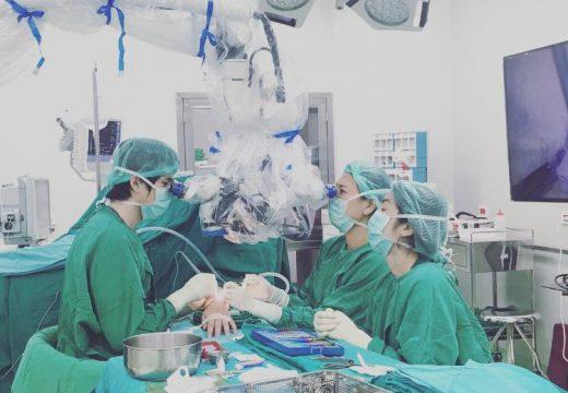 タイ・タマサート大学病院での招聘手術