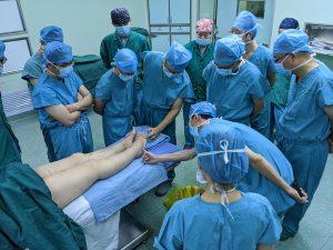 中国福建省での招聘手術 診察